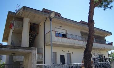 Borgo Santa Maria,Pineto,5 Bedrooms Bedrooms,3 BathroomsBathrooms,House,Via Toscanini 9,1412