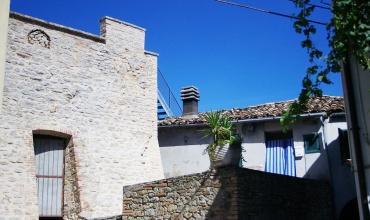 Montefino,2 Bedrooms Bedrooms,1 BathroomBathrooms,House,1413